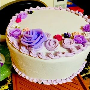 Two layer faux cake.